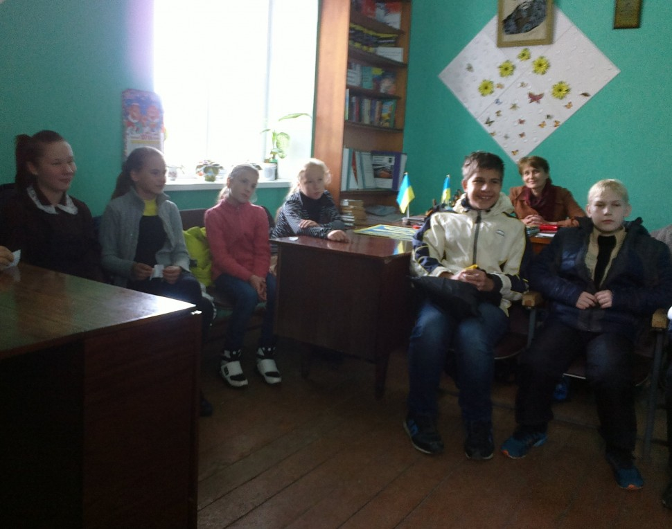 Альбом: до Дня захисника України